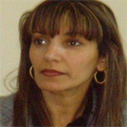 Aicha Guendouz -Candidate du Parti Radical de Gauche aux législatives sur la 9ème circonscription