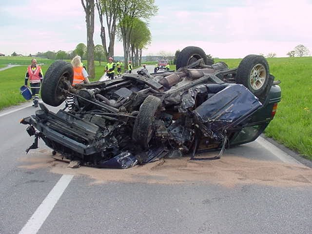ابشع حوادث السيارات في العالم arton953.jpg