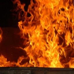 Tiaret : trois jeunes poursuivis pour tentative d'incendie d'un bar